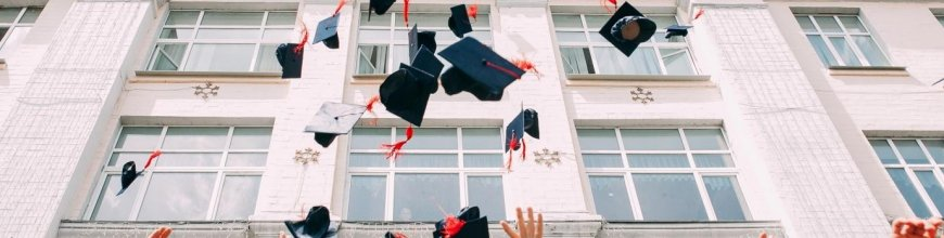 Creative Decoration ideas for a Graduation Party